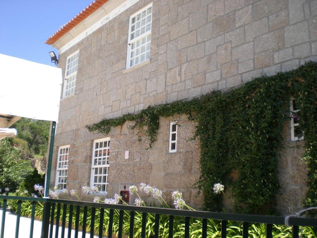 Quinta De Santa Cruz Penafiel Atelier Oscar Santos